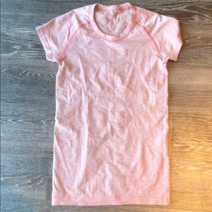 LULULEMON Swiftly Tech Tee - Light Pink